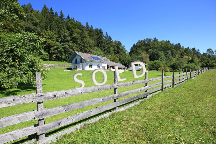 SOLD-Unique agriculture in beautiful position with panoramic view