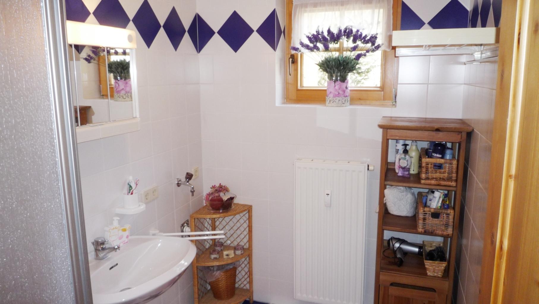 bad immobilien consulting. Black Bedroom Furniture Sets. Home Design Ideas