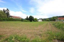 Großzügige Grundstücksfläche in ruhiger, ländlicher und idyllischer Lage