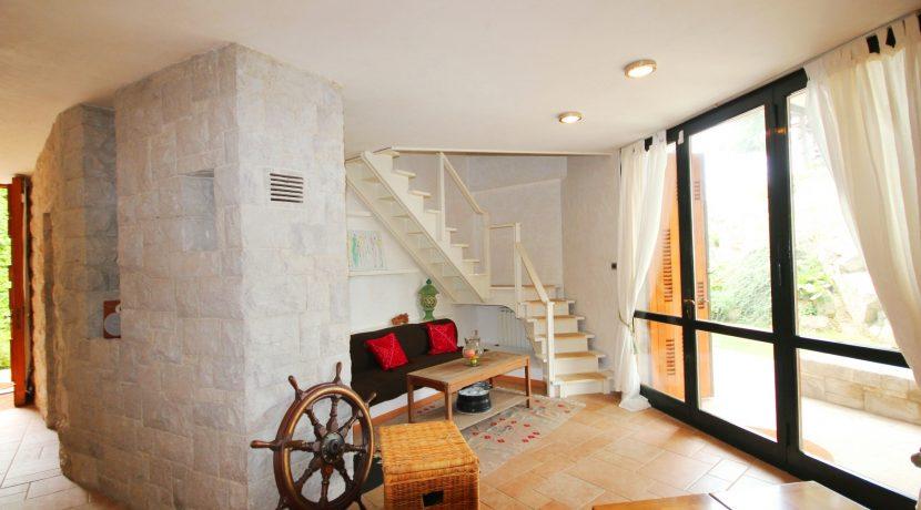 Wohnzimmerfoto 9