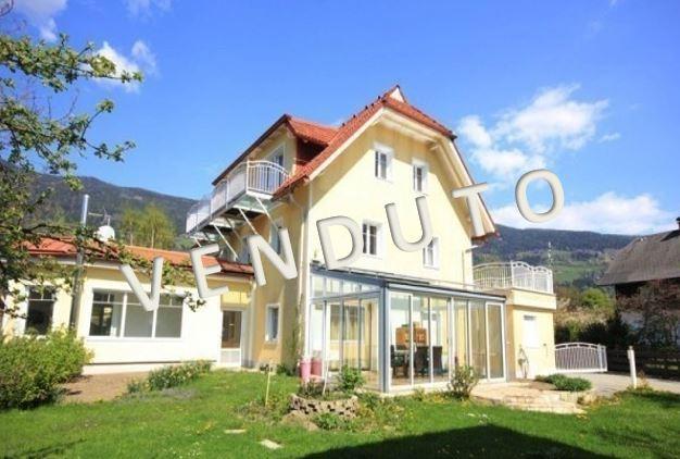 VENDUTO! Pensione con ristorante e casa bifamiliare vicino al lago di Ossiach