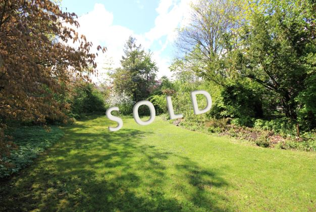 SOLD – Beautiful plot in idyllic position