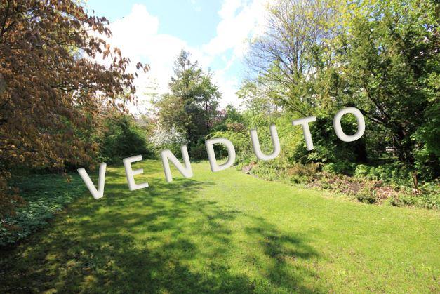 VENDUTO – Bel terreno in posizione idilliaca