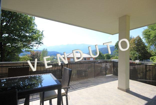 VENDUTO – Nuovo tricamere con terrazza coperta con vista splendida