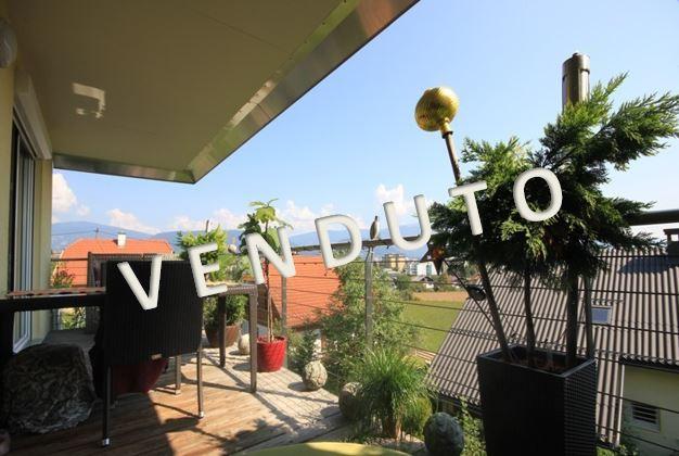 VENDUTO – Splendido appartamento duplex con balcone, terrazza e giardino