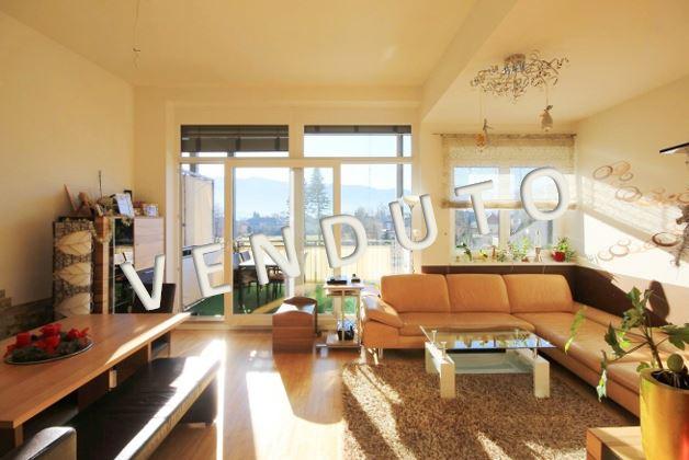 VENDUTO – Bellissimo attico di recente costruzione con terrazza coperta