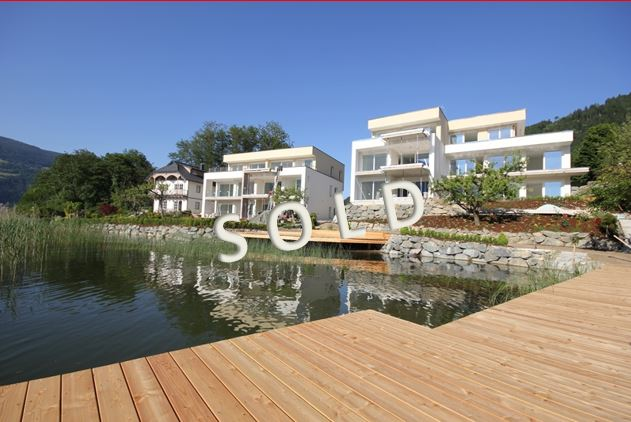 SOLD – Luxury apartments directly at the lake with private beach