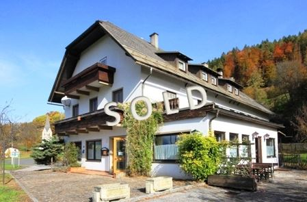 SOLD – Hotel with garden and bedrooms in very good position near the lake Faaker See