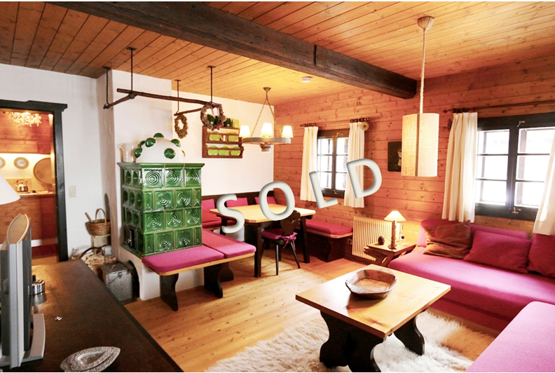 SOLD – Very beautiful and totally renovated 3-room-flat