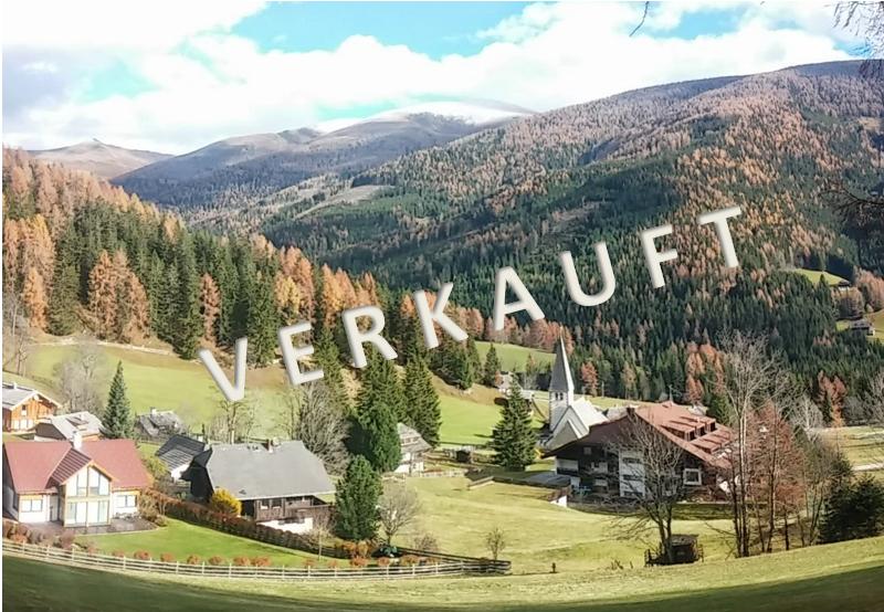 VERKAUFT – Schönes Baugrundstück in idyllischer Lage mit traumhaftem Ausblick