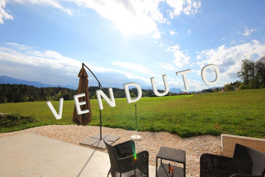 VENDUTO – Bellissima villa in posizione soleggiata