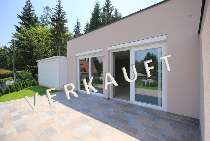 VERKAUFT – Doppelhaushälfte mit Terrasse und Garten