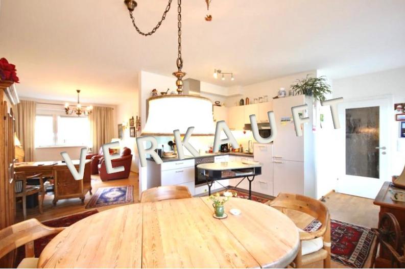 VERKAUFT – Hochwertig ausgestattete 3-Zimmer-Wohnung mit großer Terrasse