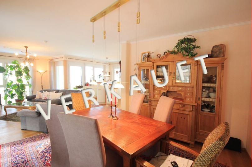 VERKAUFT – Ausgesprochen schöne 4-Zimmer-Wohnung mit großer Seeblick-Terrasse