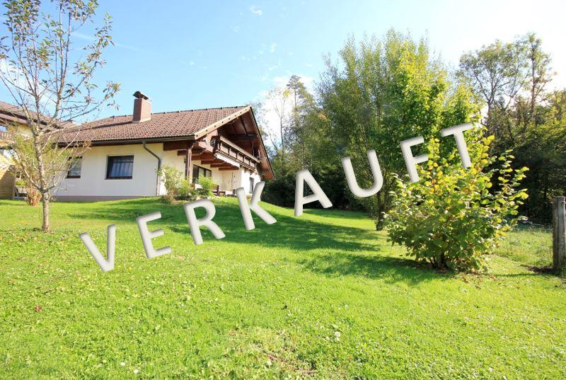 VERKAUFT-Sehr gepflegte Liegenschaft mit schönem Wohnhaus samt Einliegerwohnung und Garage