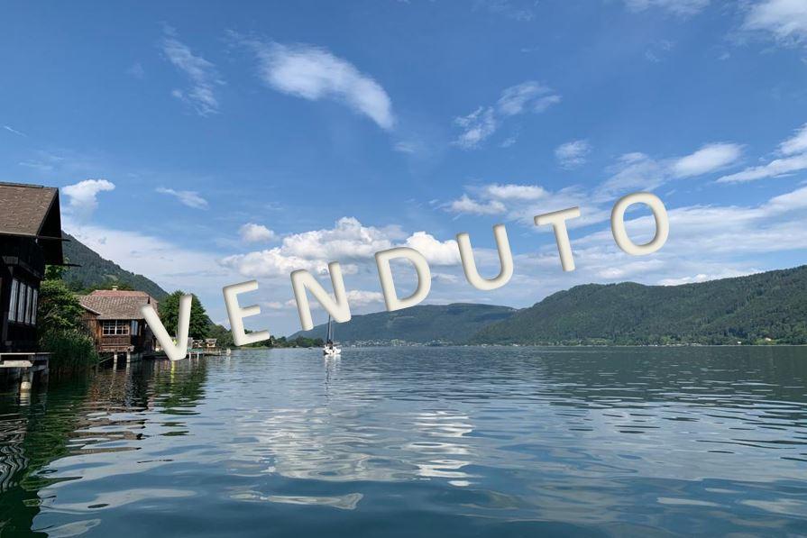VENDUTO-Schöne Seeblickwohnung mit Badeplatz