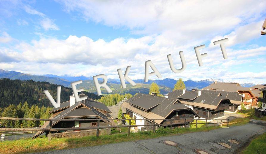 VERKAUFT – Reizendes Ski-in Ski-out Apartment im urigen, alpinen Wohnstil