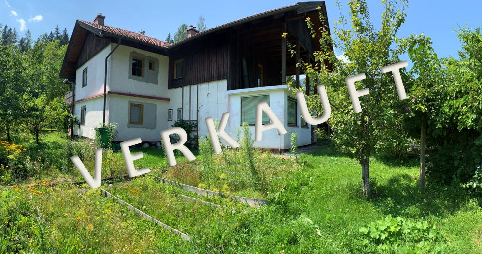VERKAUFT-Renovierungsbedürftiges Wohnhaus mit Stallnebengebäude für Bastler