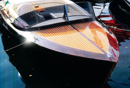 Klassisches, sportliches Elektroboot mit Zulassung für den Ossiacher See