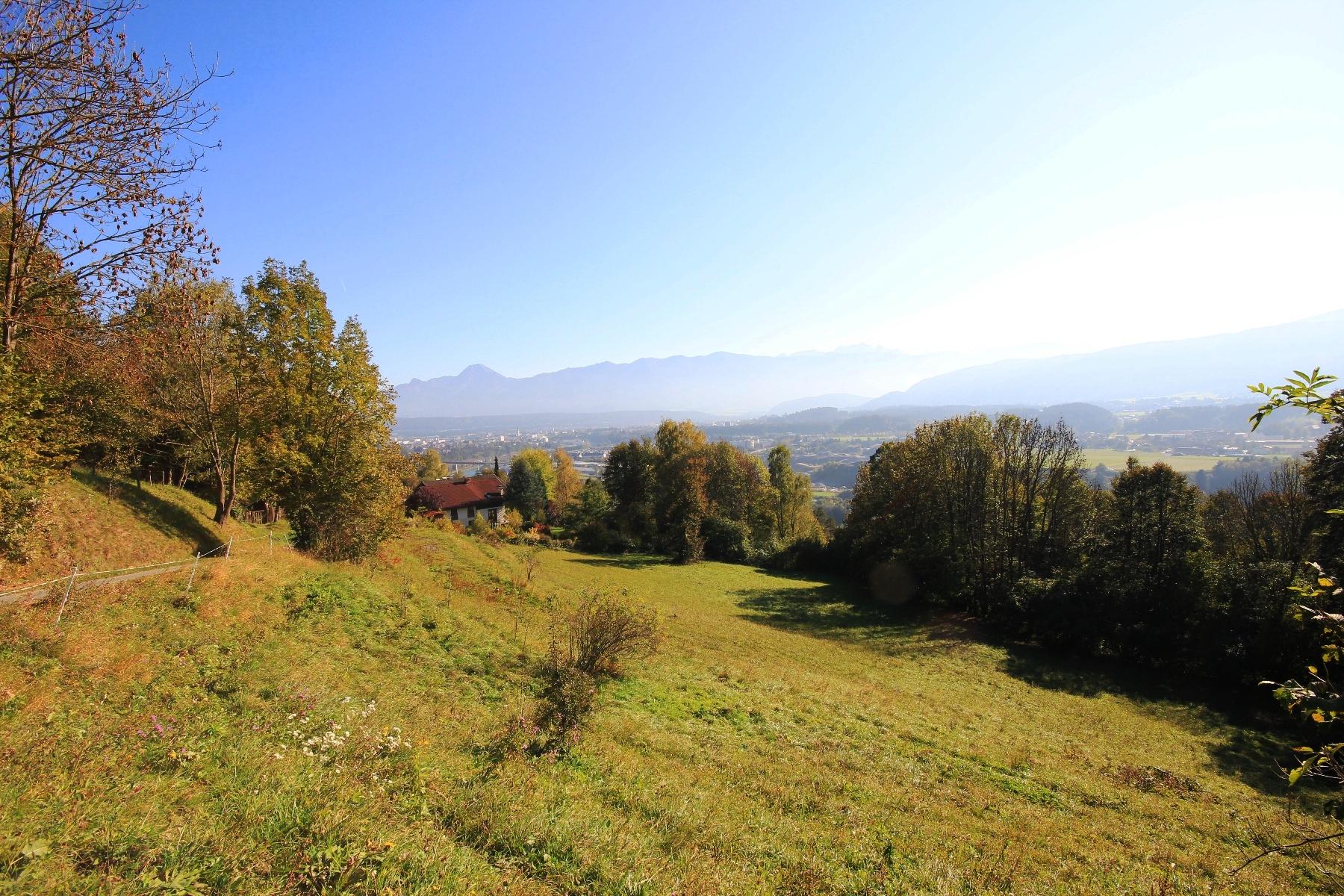 Ruhig gelegenes Grundstück mit herrlichem Ausblick