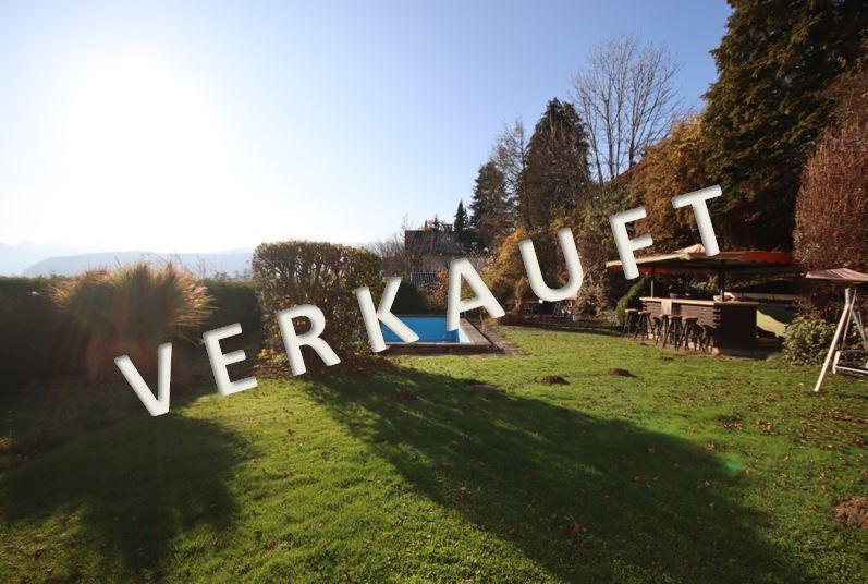 VERKAUFT – Wohnhaus mit zwei Wohneinheiten samt Swimmingpool und schönem Garten