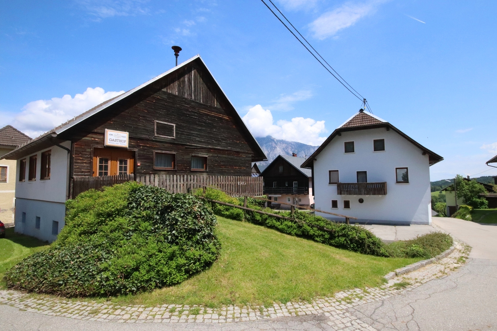 Traditional guest house with bedrooms, private apartment and big outbuilding