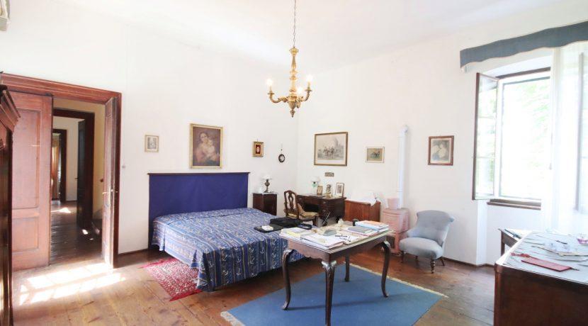 Schlafzimmer 4 (2)