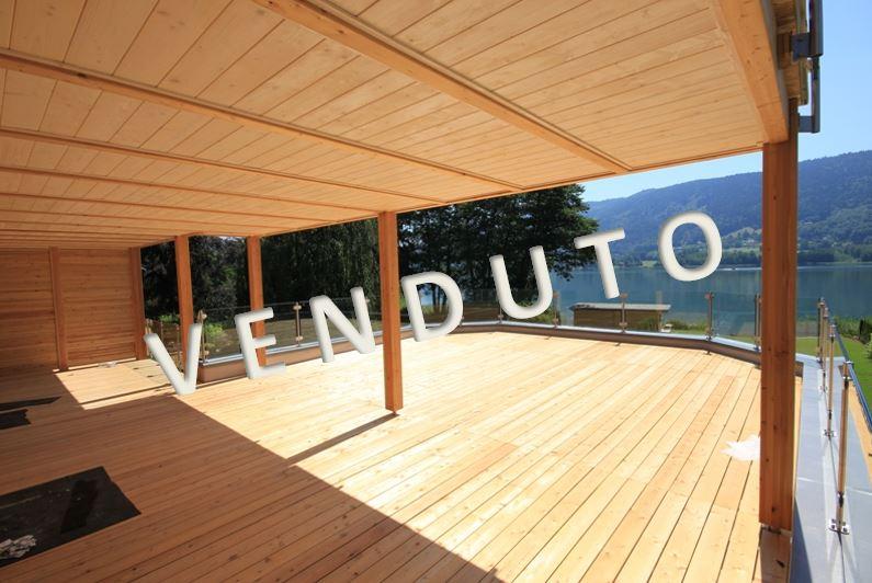 VENDUTO – Einzigartiges, lichtdurchflutetes Terrassen-Seeappartement