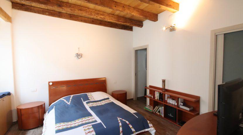 Einliegerwohnung - Schlafzimmer (2)